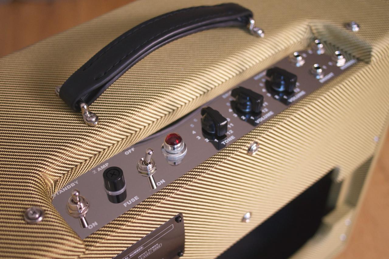 Morris Guitar Amplification Tweed 20
